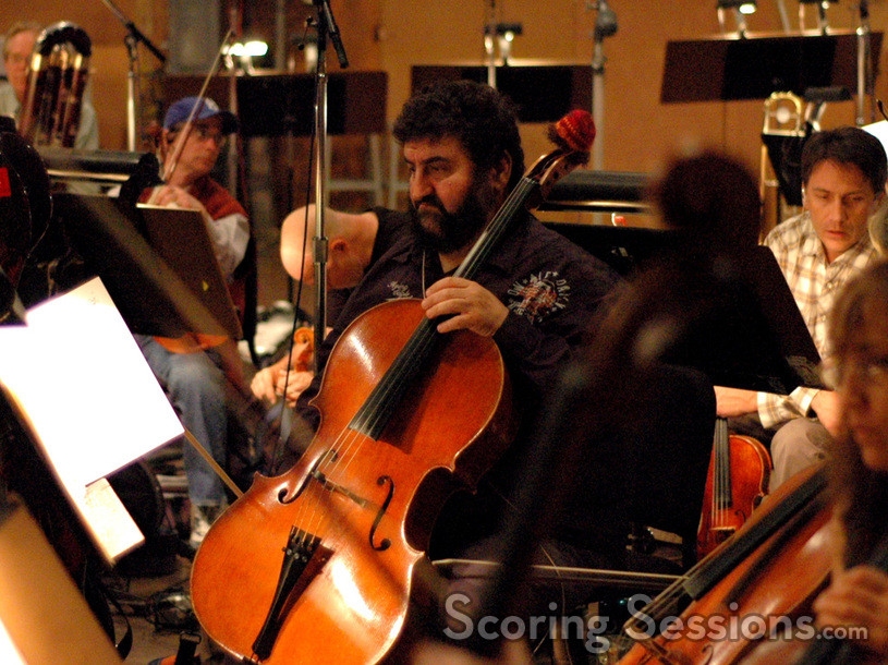 Armen Ksajikian and his cello cozy
