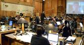 Nick Glennie-Smith conducts the Hollywood Studio Symphony on <em>Jack Reacher: Never Go Back</em>