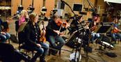 Violinist Bruce Dukov rehearses