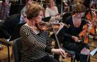 Concertmaster Belinda Broughton