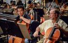 Cellist Steve Erdody rehearses a cue