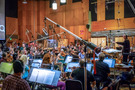 Nick Glennie-Smith and the orchestra perform on <em>Ralph Breaks the Internet</em>